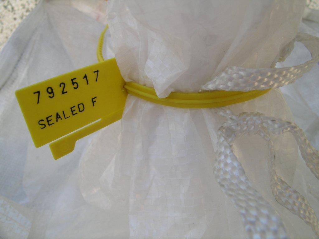 longseal, adjustable plastic seal